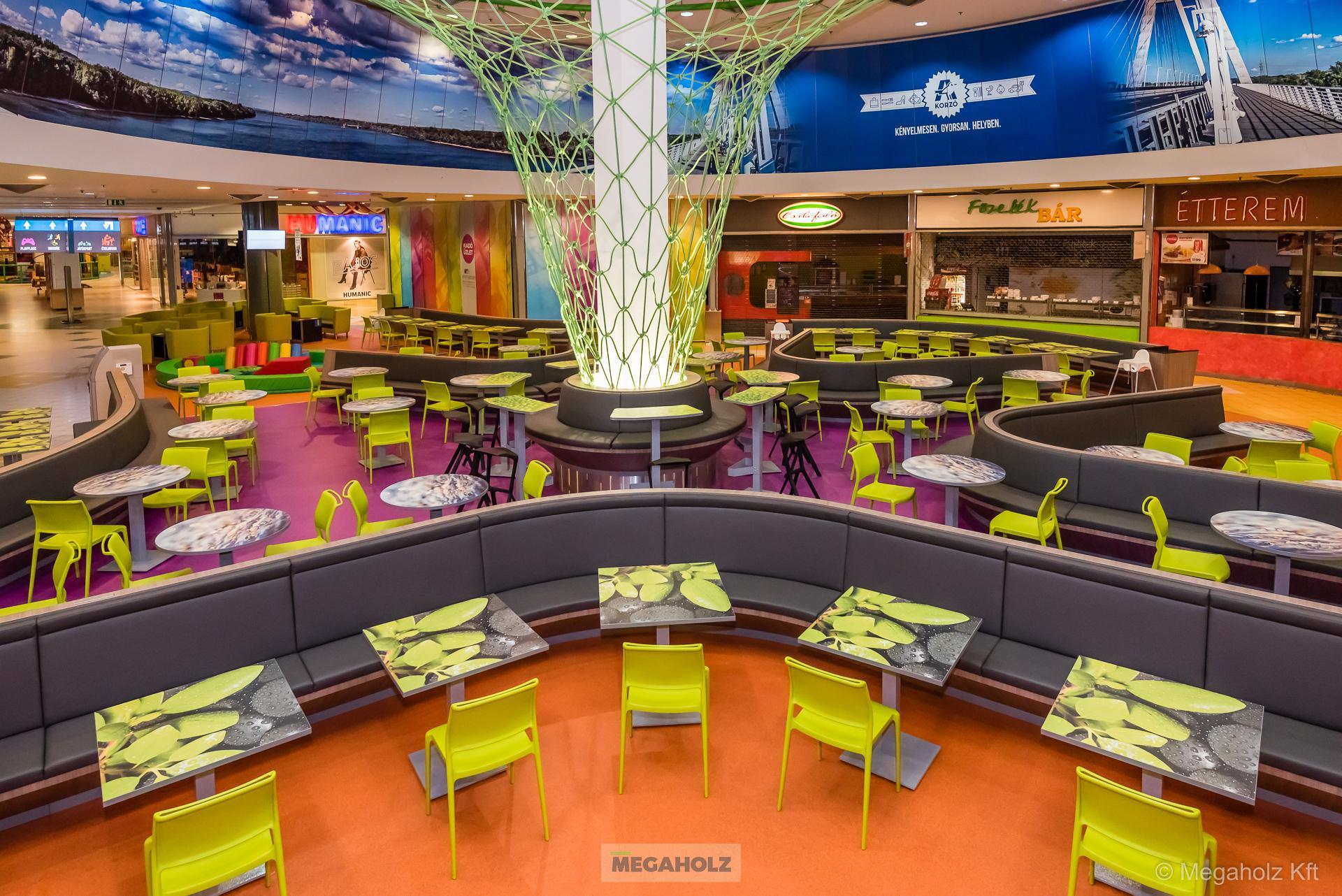 Food court, shopfitting, Budapest, shopping center